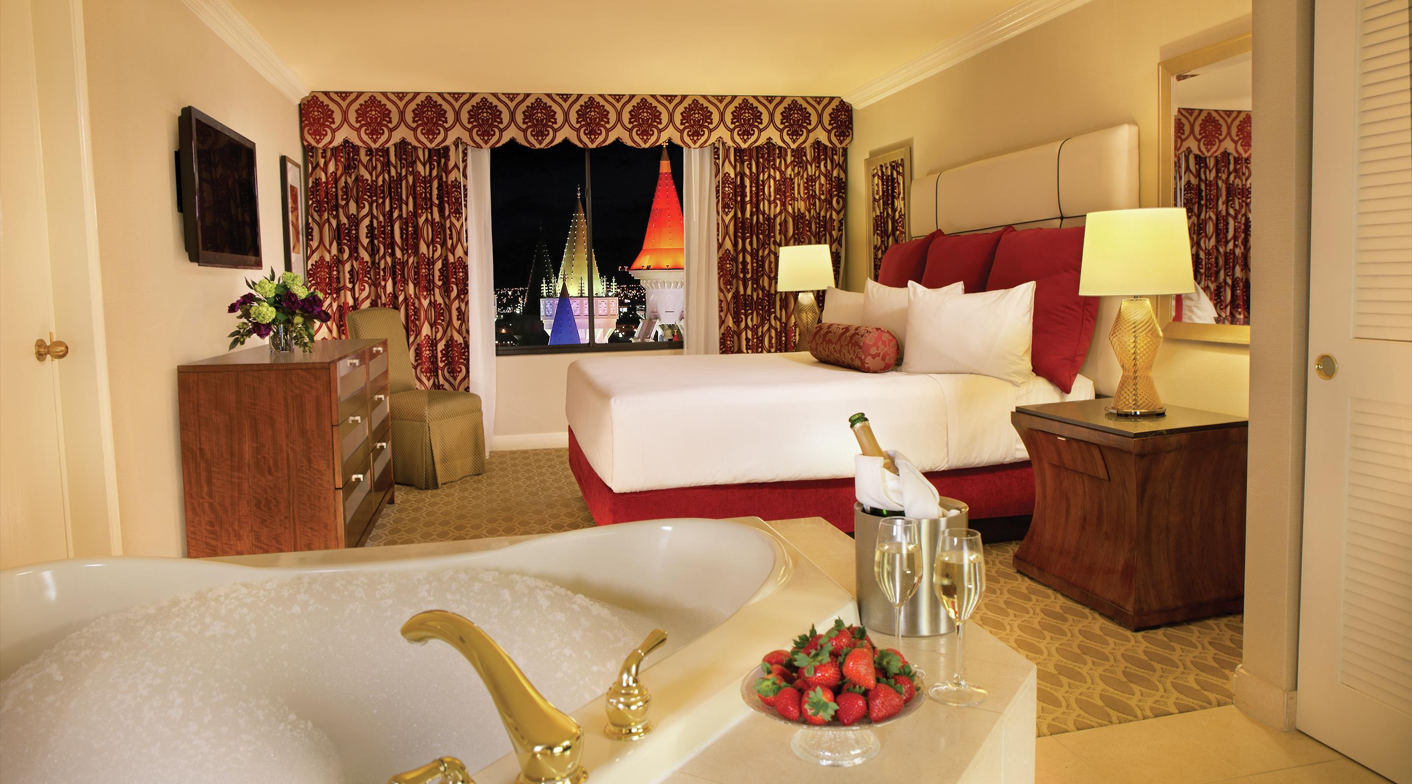 Excalibur Royal Luxury Two Bedroom Suite